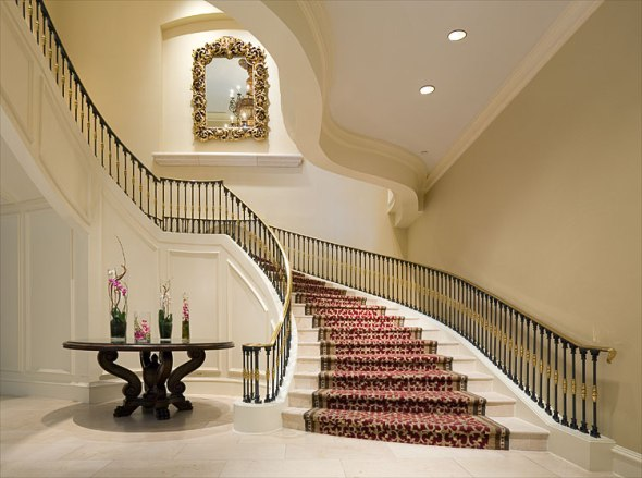 grand-staircase.2