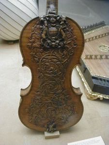 Carvings on violin