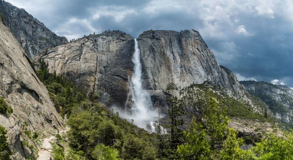 """Yosemite Falls from trail, Yosemite NP, by Diliff -"