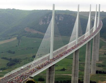 millau-viaduct-bridge Tallest in world in France in Massif Central Mts