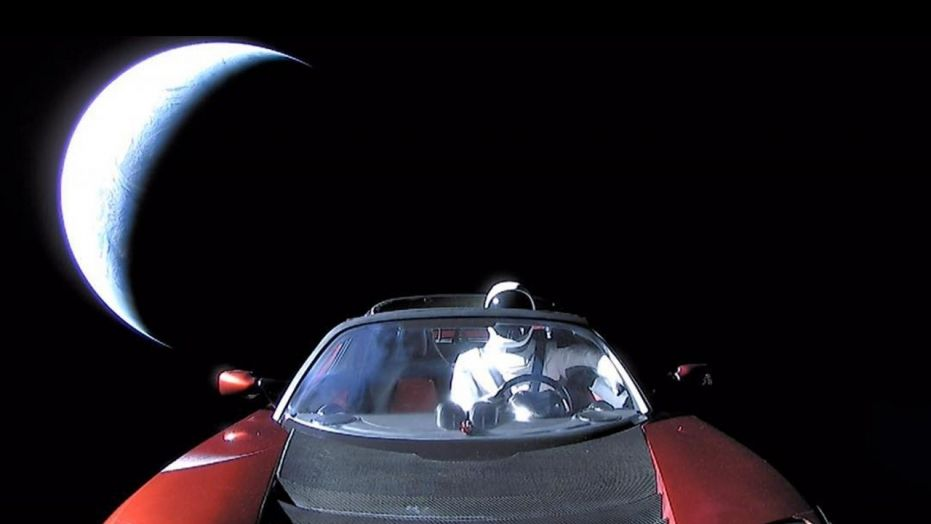 last picture of Telsa by Elon Musk before lanuch.