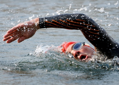 2012-07-14-Spudman-Triathlon-Swimmer