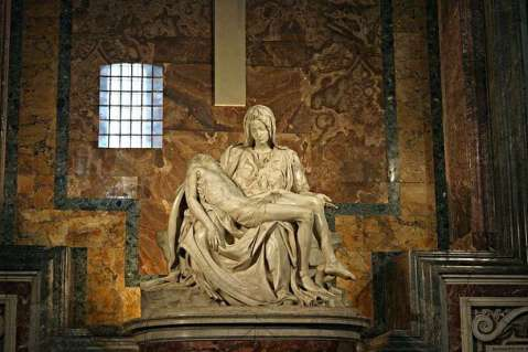 Pieta by Michelangelo 1499 St Peters Basilica Rom