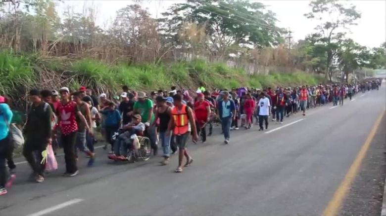 Caravans of people coming into Mexico for USAjpg