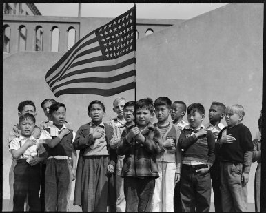 japanese children pledge the flag